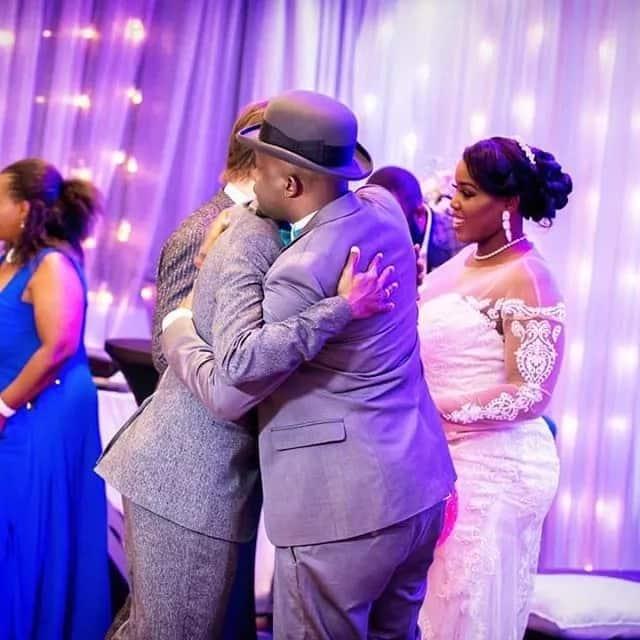 Aliyekuwa muigizaji wa Nairobi Diaries Brayo bado anawakosesha wadada usingizi licha ya kuoa (picha)