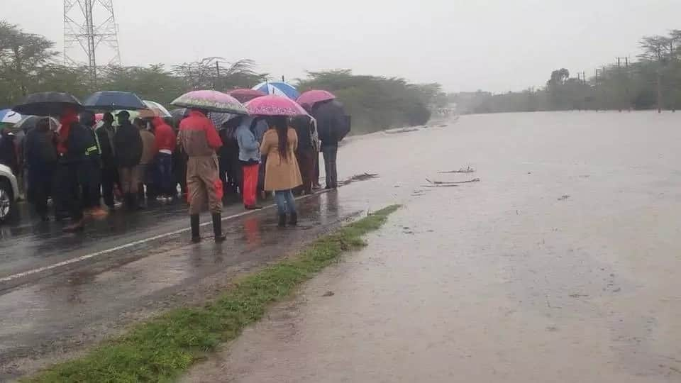 Motorists using Mombasa-Nairobi highway warned after water levels rise in Athi River