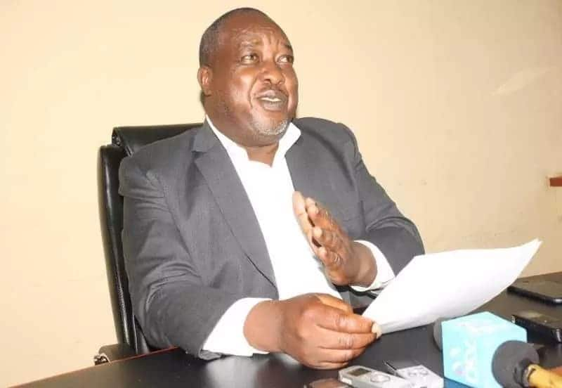 Drama as Nyamira deputy governor changes locks to the County Secretary's office, makes away with keys