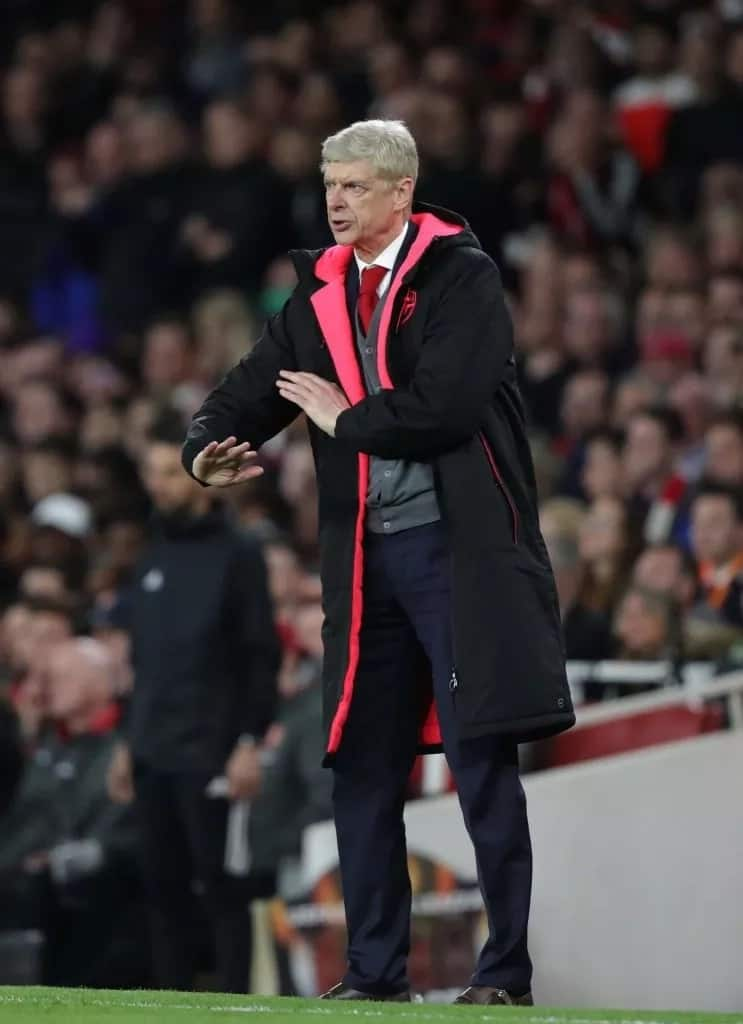 Chinese football clubs make contact with outgoing Arsenal boss Arsene Wenger