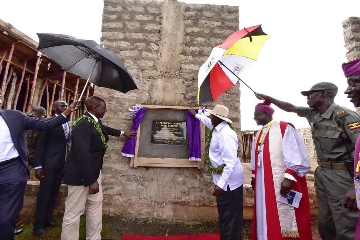 William Ruto atoa KSh 10 milioni kwenye hafla ya mchango Uganda