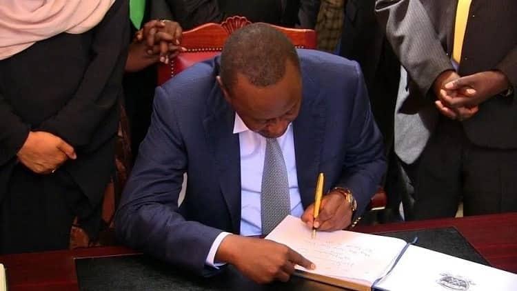 Sababu kuu za kumsukuma Rais Uhuru Kenyatta kuwatimua baadhi ya mawaziri wake
