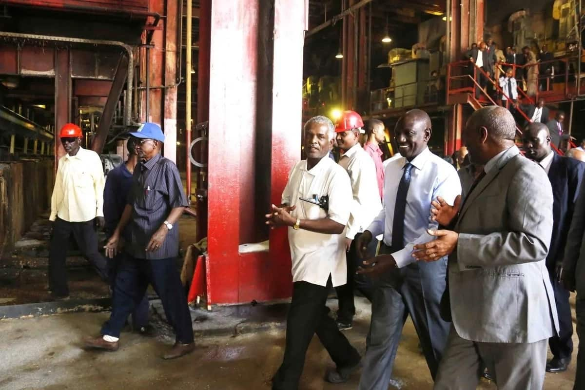 William Ruto marvels at technology used in Sudan's well developed sugar industry