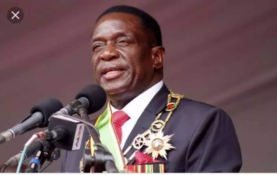 Zimbabwe President Emmerson Mnagangwa narrowly escapes death in bomb attack