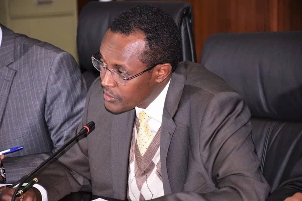 Uhuru 'afurahi' kutangaza nafasi ya kazi katika EACC Waqo aliyemuaibisha kwa taifa akiondoka