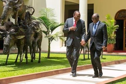 Uhuru na Magufuli wateuliwa kutuzwa kwa uongozi wao bora