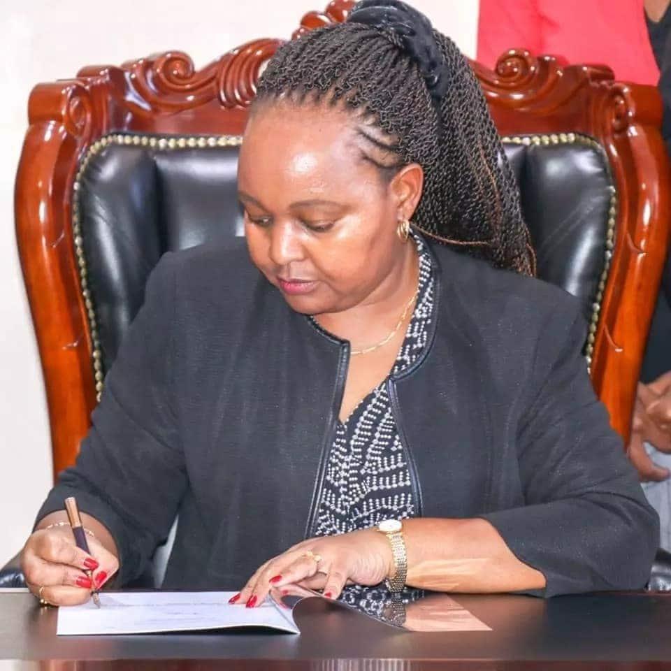 Waiguru to fire lazy Kirinyaga County staff