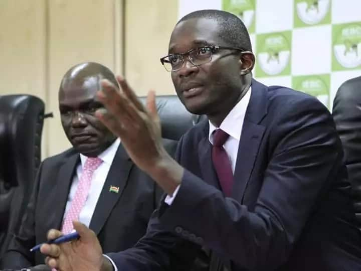 IEBC CEO Ezra Chiloba heckled on his home county