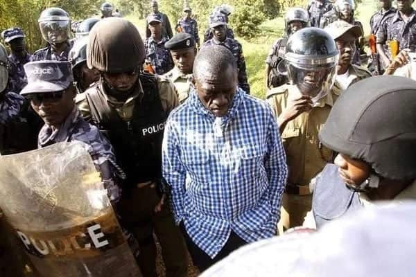 Uganda Opposition chief Besigye arrested after State withdraws Bobi Wine's charges