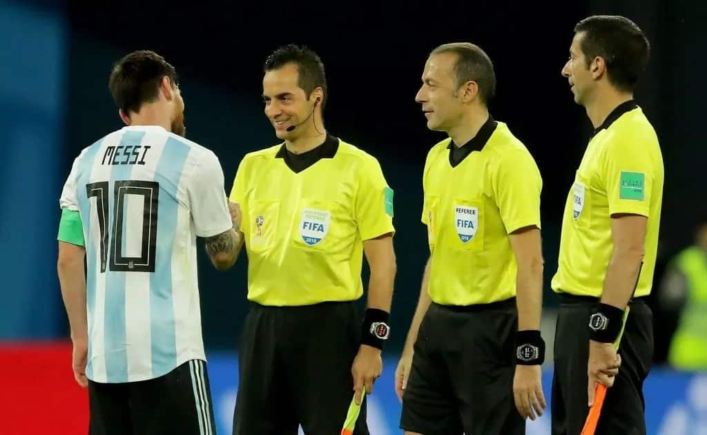 Nigerians attack Turkish referee for denying penalty against Argentina leading to their exit
