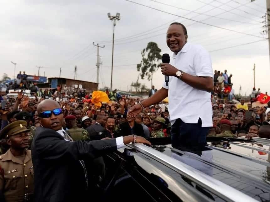 Nairobi hawker demands KSh 40 debt from Uhuru Kenyatta