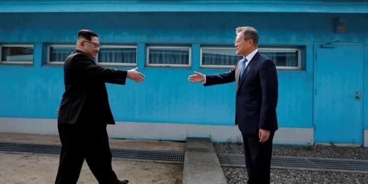 Did Uhuru and Raila trigger the global handshake fever?