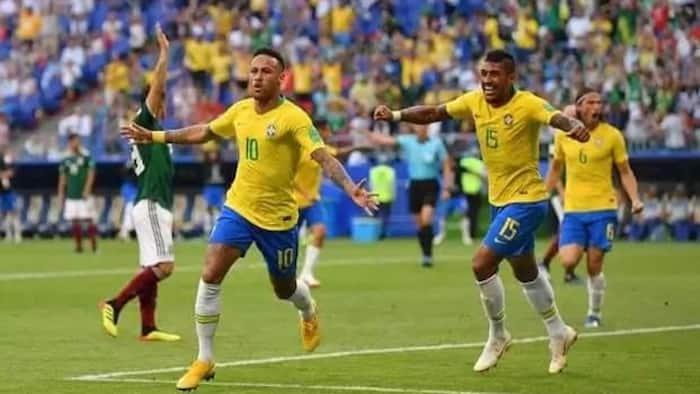 Brazil yapeleka Mexico nyumbani kuhitimu kwa robo fainali katika Kombe la Dunia