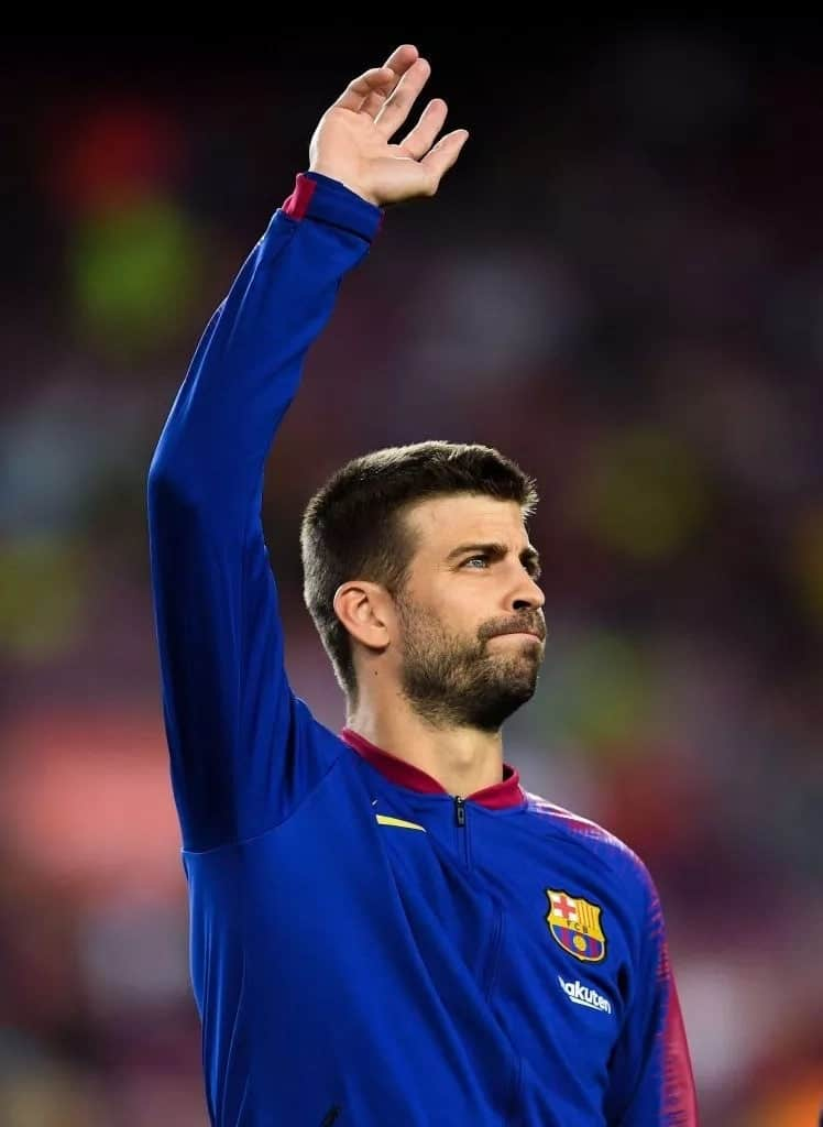 Gerard Pique drives without valid licence in Spain