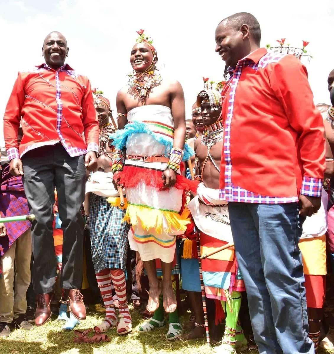 William Ruto afurahisha Wakenya kushiriki mnio za ngamia