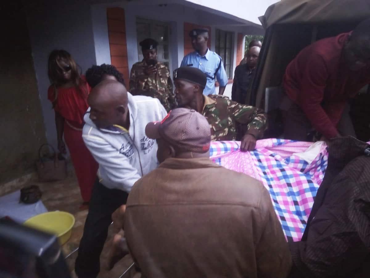 Mwanamume akwama ndani ya mwenye nyumba wakila uroda lojing'i