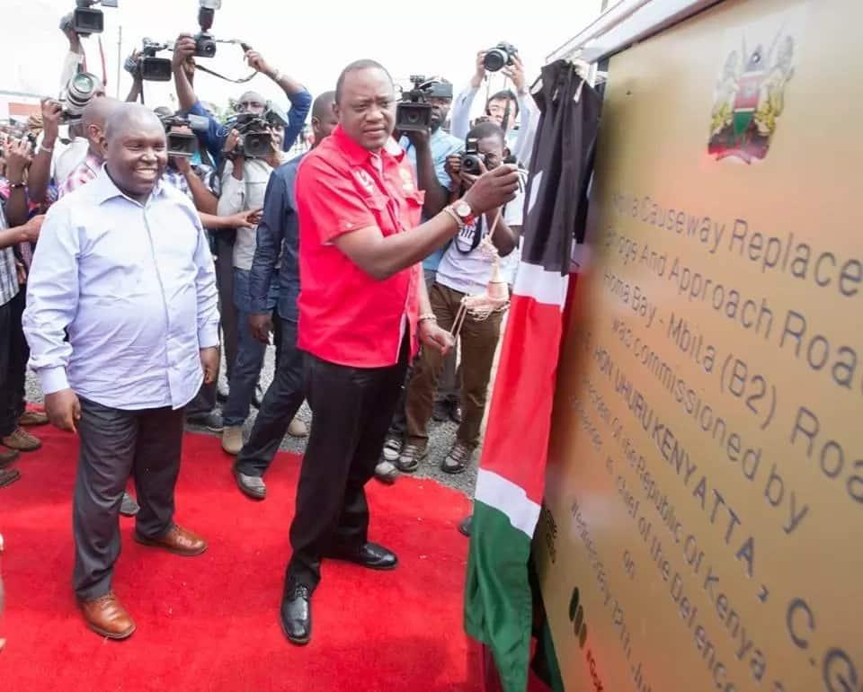 Uhuru commissions bridge in Raila's backyard weeks after Sigiri bridge collapse