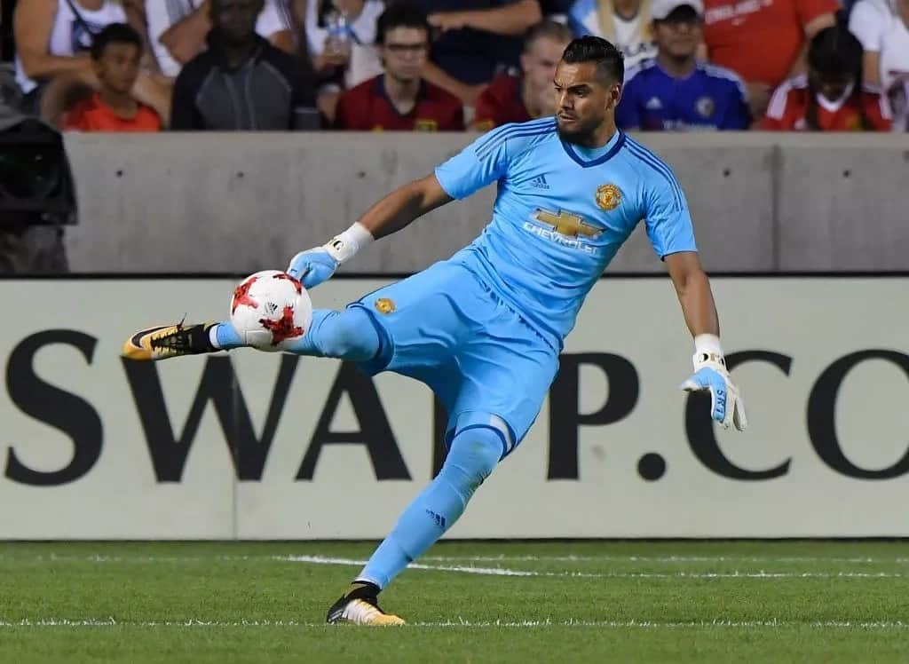 Argentina goalkeeper Sergio Romero last minute injury rules him out of 2018 World Cup