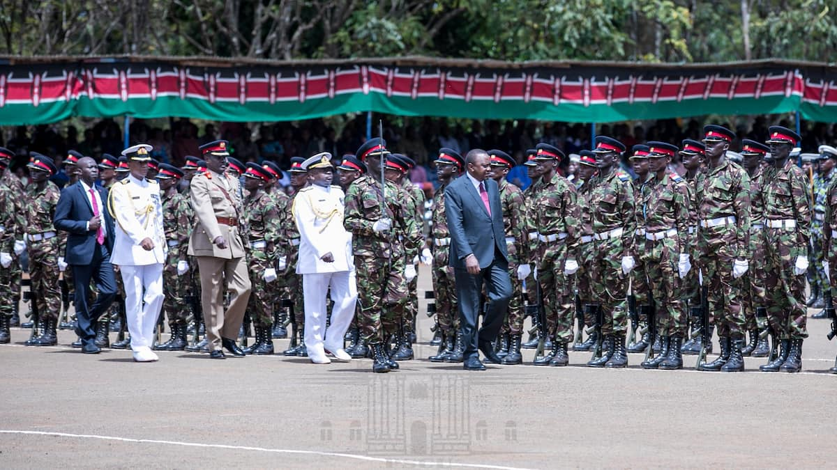Uhuru impressed by huge number of ladies joining KDF