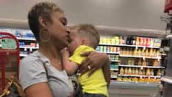 Kind Woman Helps Mum Comfort One of Her Crying Kids so She Could Continue Shopping
