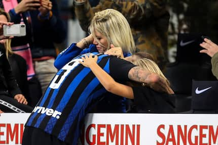 Heartbreaking photo of Mauro Icardi's wife crying as Inter Milan crashed out of the UCL emerges