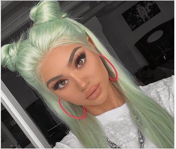 Patel green hair