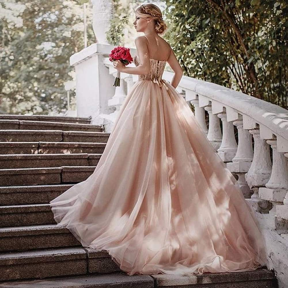 Wedding dress color meanings