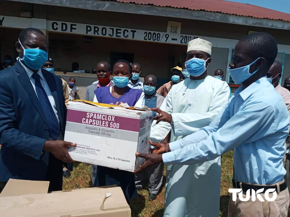 Reprieve for Busia health facilities as well-wisher donates drugs to end 6 months shortage