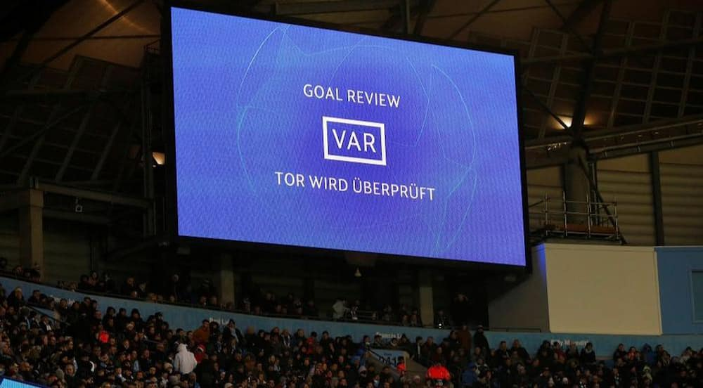 Former Arsenal boss Arsene Wenger's new elaborate plan to change offside rule amid VAR controversy goes viral