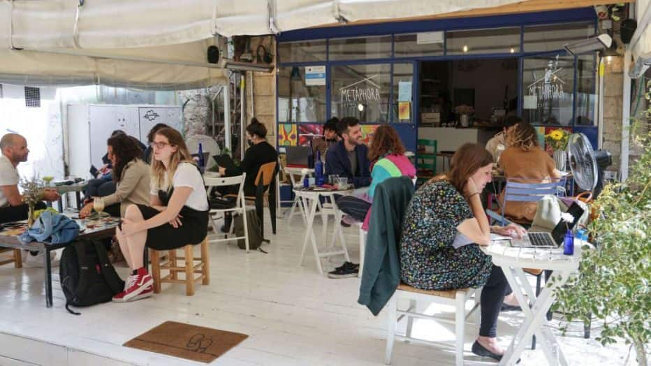 COVID-19: Israel reopens bars, restaurants to those fully vaccinated