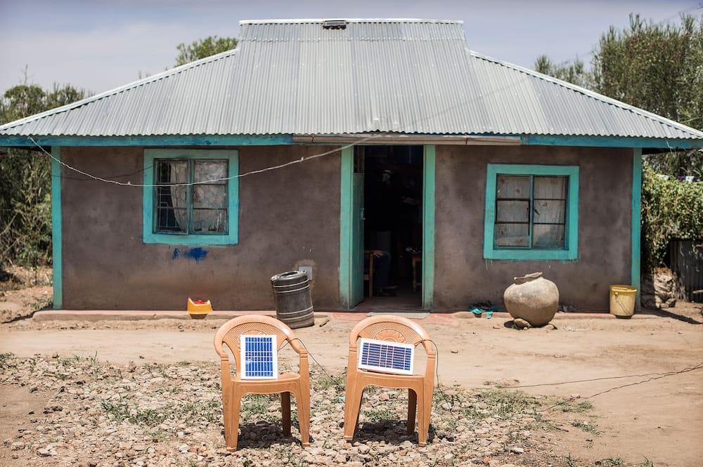 types solar TVs in Kenya
