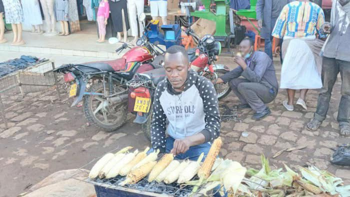 University Student Defers School, Starts Roasting Maize in Kitale to Educate Younger Sister