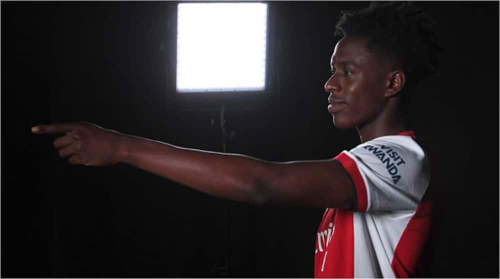 Sambi Lokonga models in an Arsenal kit during his official unveiling. Photo: David Price.