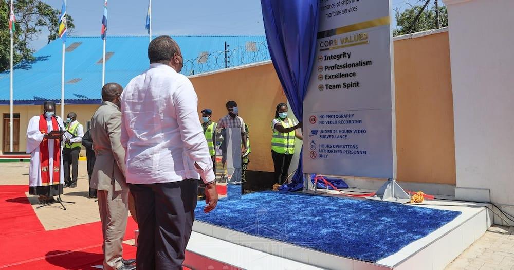 Uhuru Lays Foundation of MV Uhuru 2, First Ship to be Built in Kisumu after 70 Years