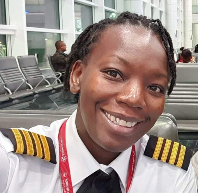 18 gorgeous photos of Kenyan female pilots gracing the skies