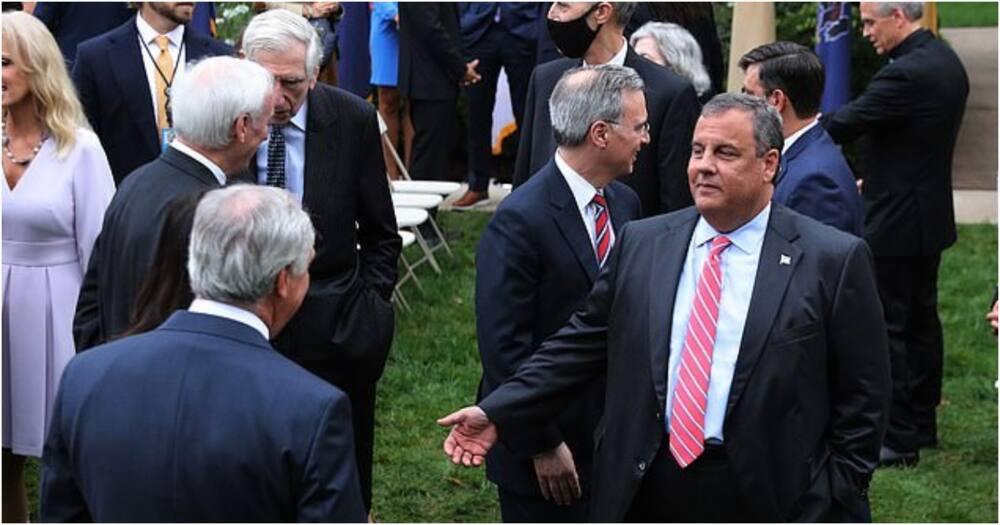 Former US governor regrets not wearing mask after spending 7 days in ICU