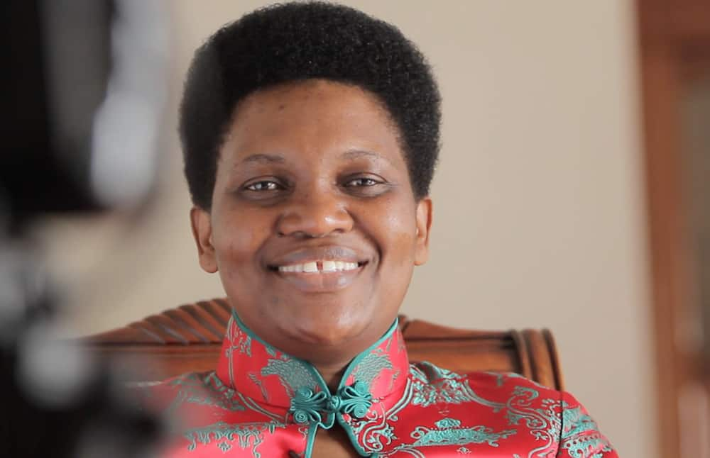 Burundi's first lady returns home a day after husband's death