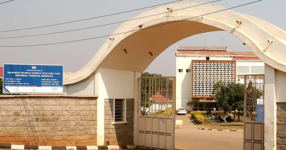 Jaramogi hospital ward under construction collapses, NCA calls for patients' evacuation