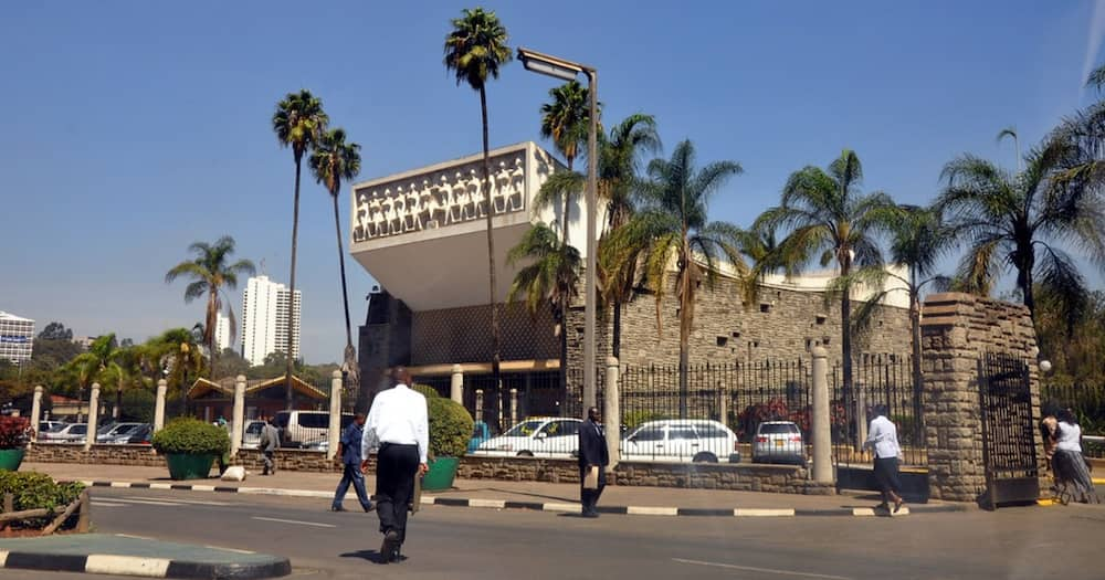 Budget Reading: Police Rough Up, Evacuate Stranger from Parliament Ahead of CS Yatani's Arrival