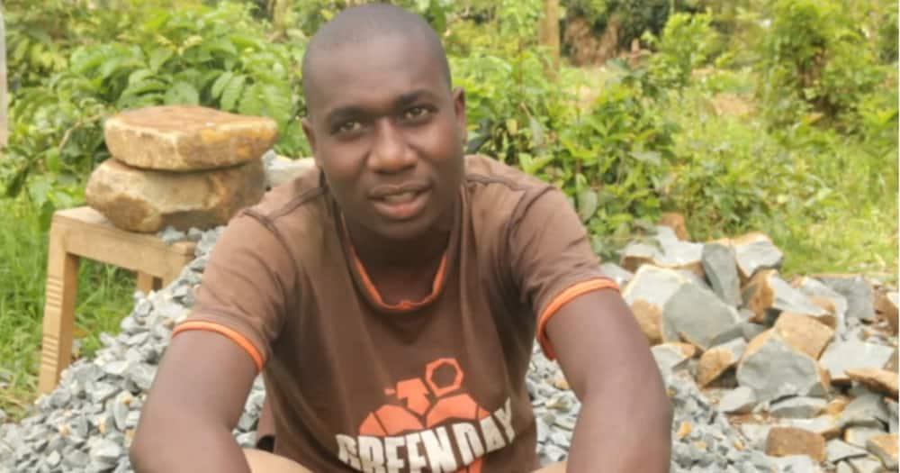 Samuel Ouma received KSh 50,000 from Barasa Foundation.