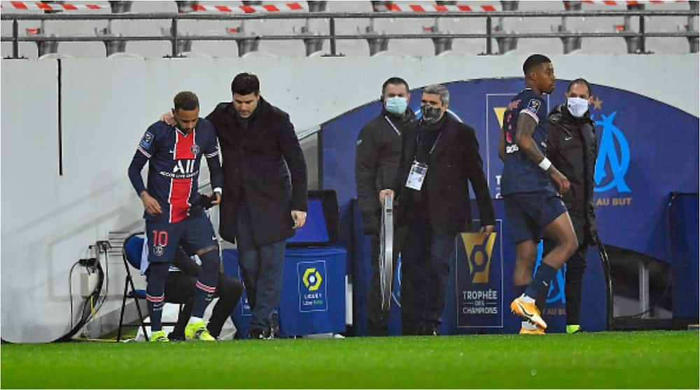 Mauricio Pochettino wins first trophy as PSG manager