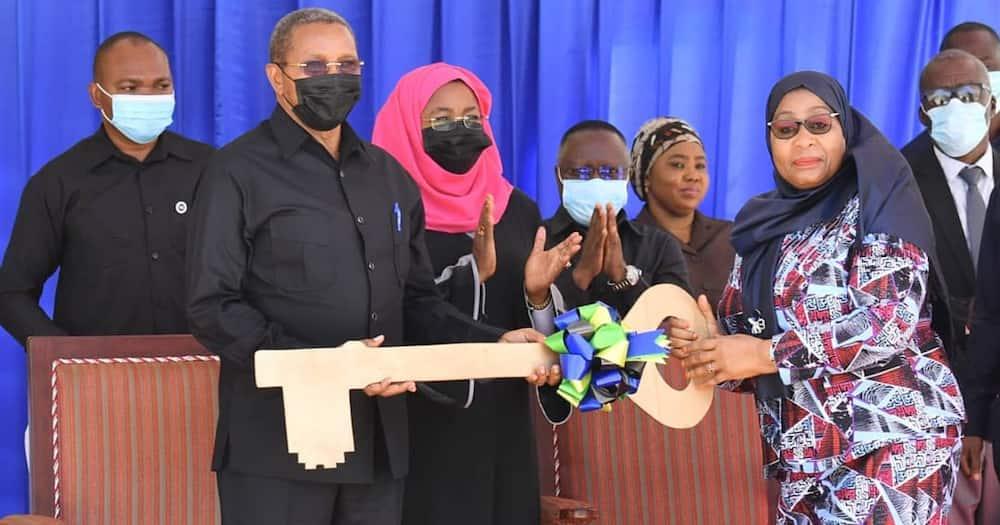 Former Tanzania President Jakaya Kikwete Handed Newly Built House by Samia Suluhu