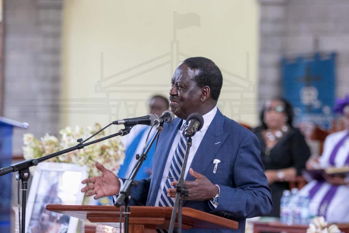 Babangu na babake Uhuru walikuwa 'mahasla' wenye bidii – Raila Odinga