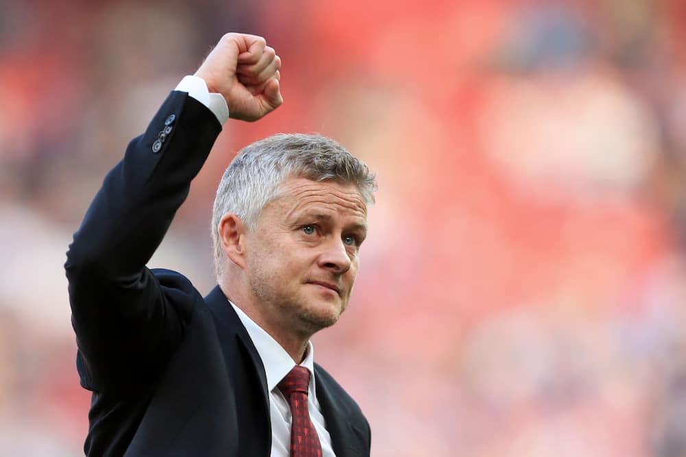 Arsene Wenger: Ex-Arsenal boss wants to become Man United manager
