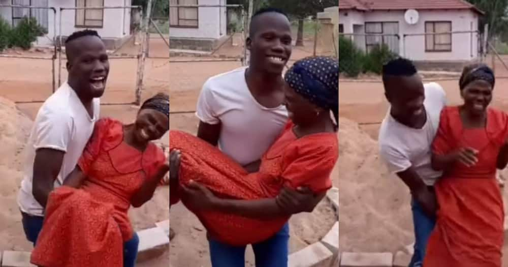 Mzansi man and his mom have fun on camera