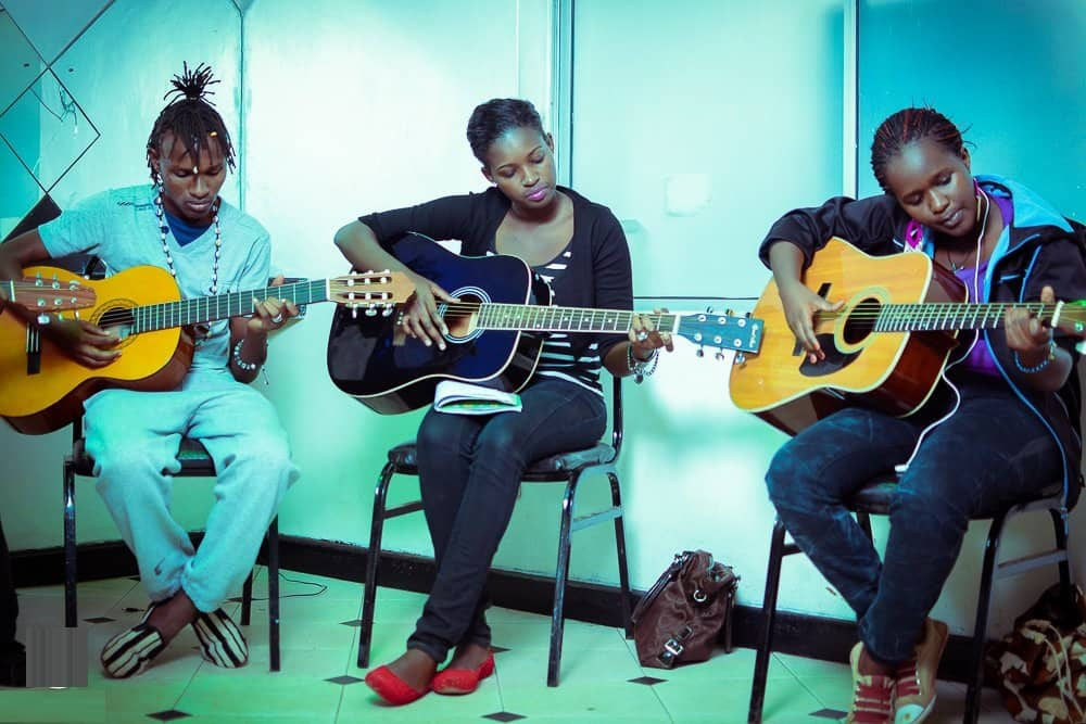 Best piano and guitar lessons in Nairobi, guitar lessons in Nairobi, cheap guitar lessons in Nairobi