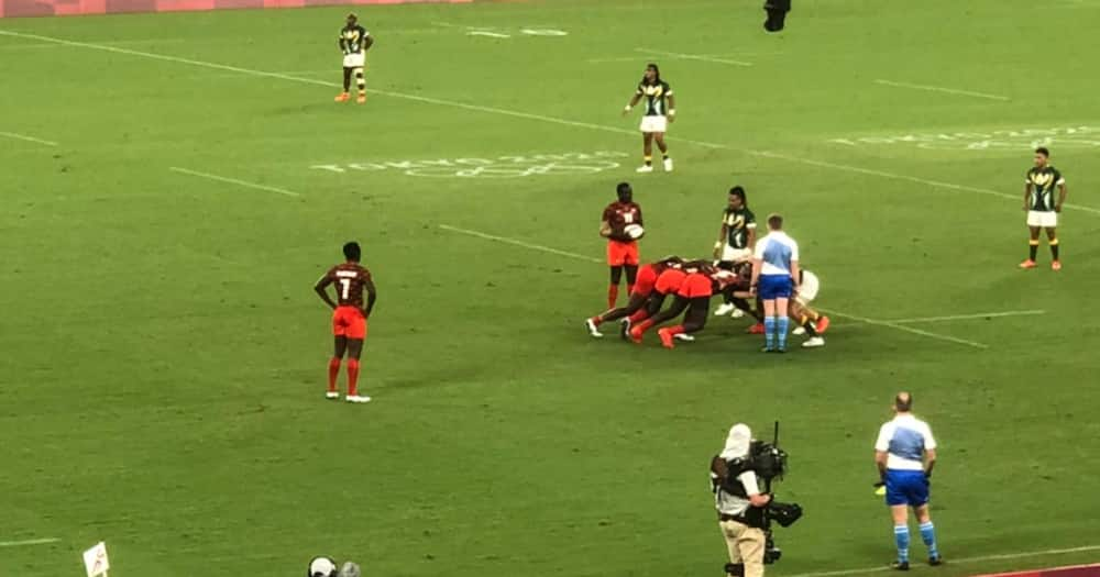 Kenya's Shujaa 7s while in action against South Africa during Tokyo Olympics. Photo: Twitter/@Olympicske.