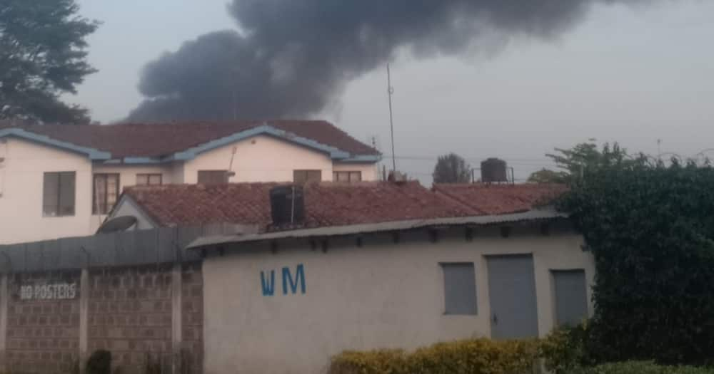 Night Fire Razes Down Houses in Tena Estate along Outerring Road, Millions of Property Destroyed
