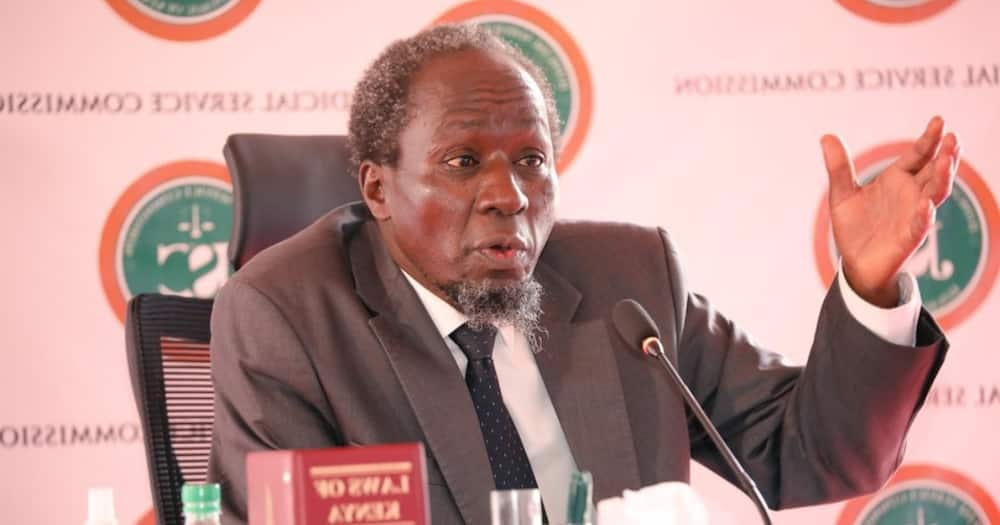 Justice Warsame: JSC Commissioner Angers Kenyans after Refusing to Ask Marete Questions During Interview