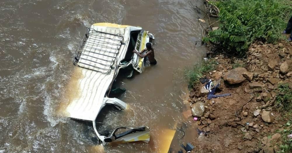 2 die, scores injured after matatu plunges into river along Kisii-Kisumu Highway